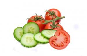 Manfaat Buah Timun dan Buah Tomat
