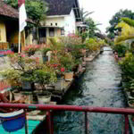 Kereeen…. Syurga di Atas Sungai yang Indah Ini Ternyata ada di Indonesia Loh…